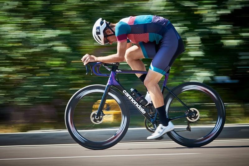 sådan-cykler-du-hurtigere-på-racercykel
